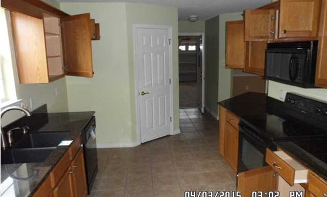 1302 Kilearn Dr Kitchen 2