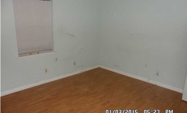 1600 Mississippi St Bed 3