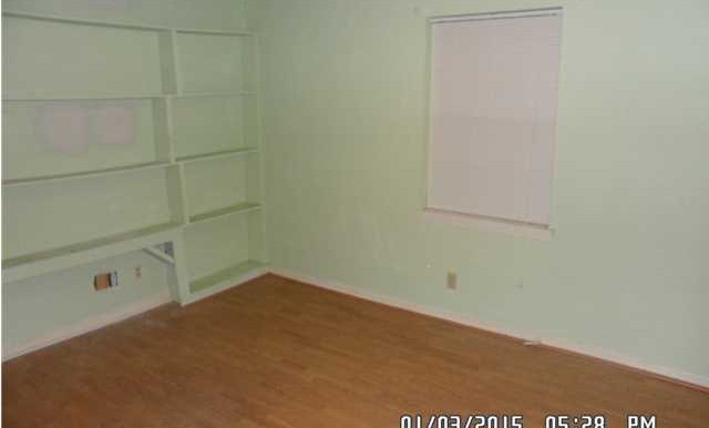 1600 Mississippi St Bed 4