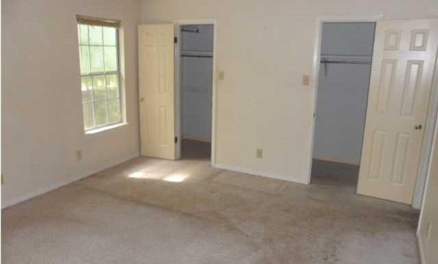 1120 Wellington Ct S Master Bedroom