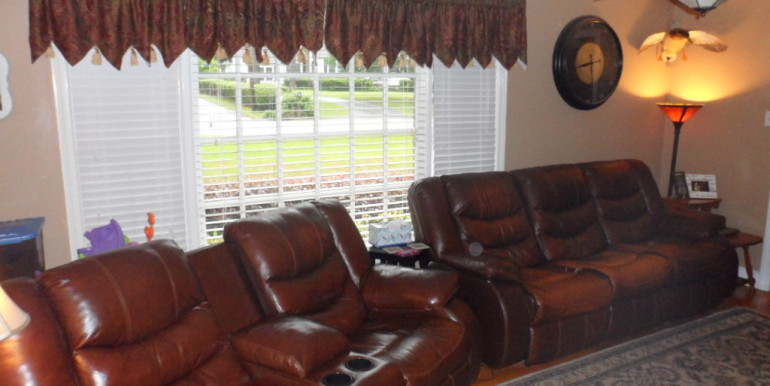 366 Byron Ave E Living Room Window