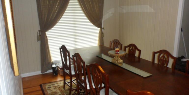 3984 Hillcrest Ln Dining Room