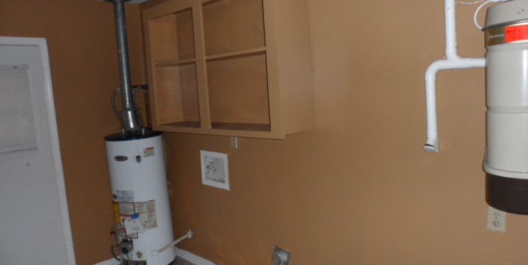 6620 Fox Creek Dr Laundry Room