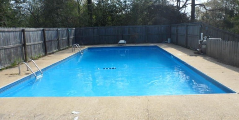 6620 Fox Creek Dr Pool