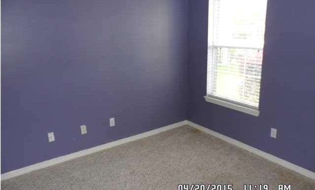 1999 Laurel Oak Ct Bedroom 2