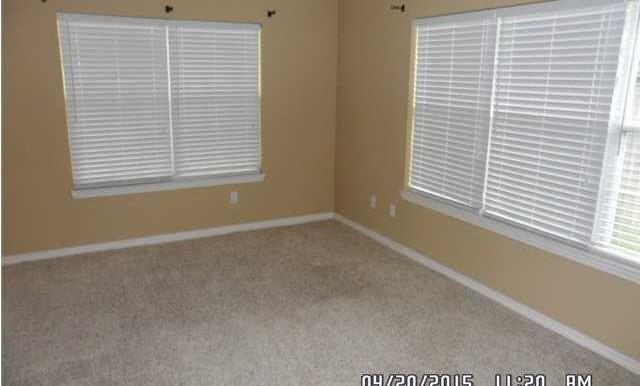 1999 Laurel Oak Ct Master Bedroom
