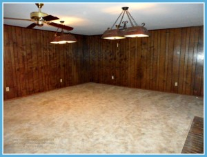 Mobile AL Home For Sale with Large Den
