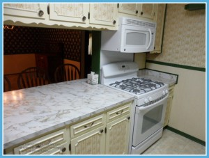 Mobile AL Home For Sale with Gas Stove