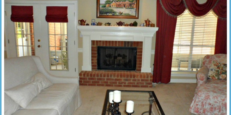 1385 Cameron Dr Mobile AL 36695 Great Room and Fireplace