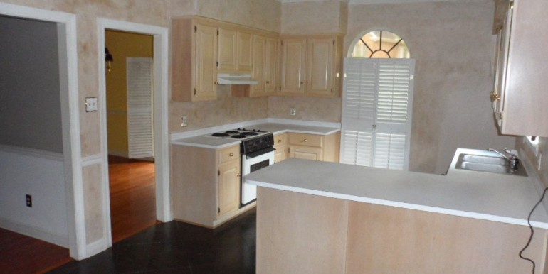 1570 Brockton Ln E Mobile AL 36695 Kitchen from Breakfast Nook