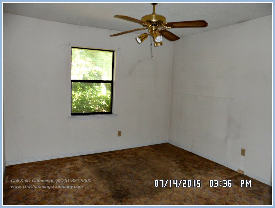 Reverse Mortgage Foreclosure For Sale with 3 Bedrooms