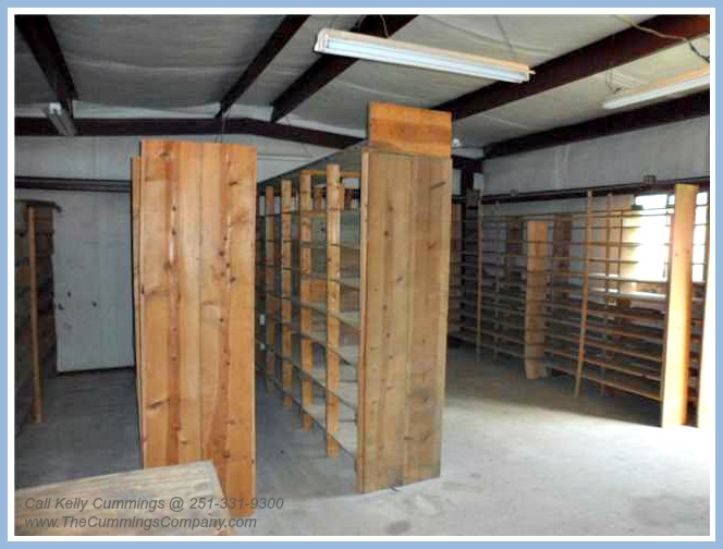 4261 Sulin Ct Mobile AL 36619 Storage Building Interior 4