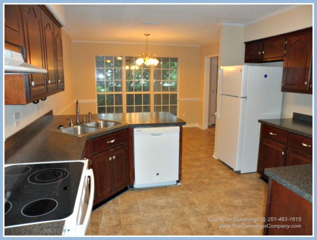 Mobile Alabama Foreclosure For Sale with Updated Kitchen