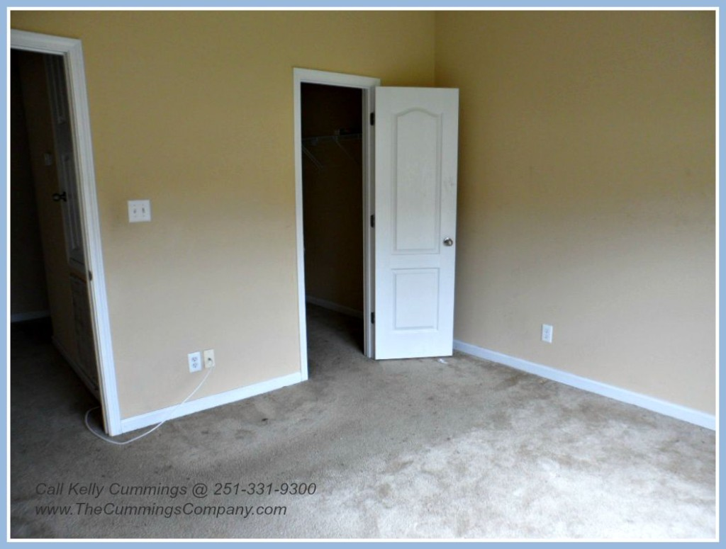West Mobile Foreclosure with 4 Bedrooms For Sale