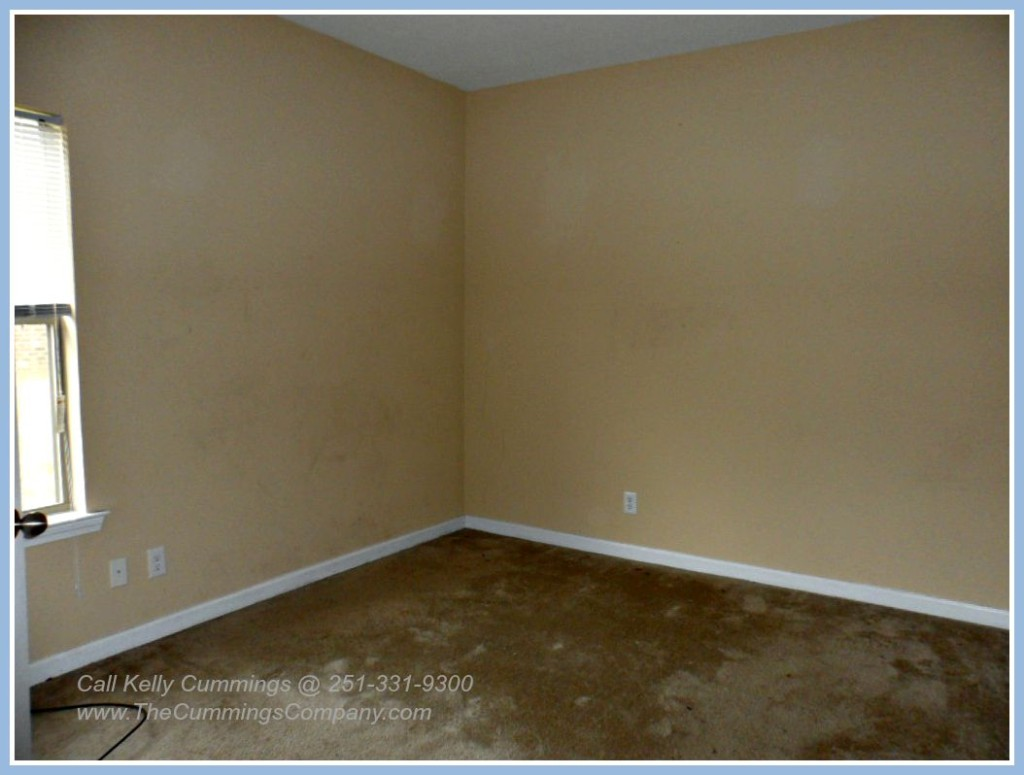 Mobile AL Foreclosure For Sale with 4 Bedrooms