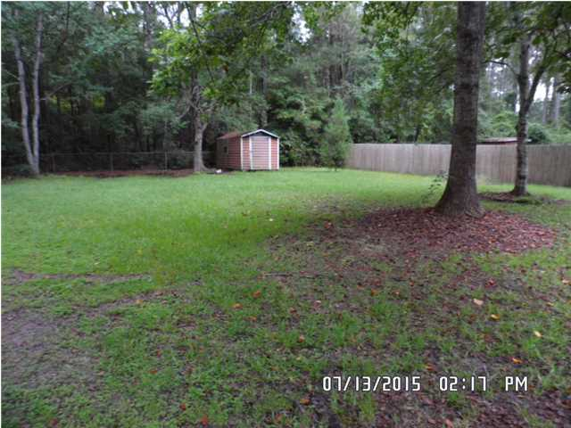 Foreclosure with Fenced Backyard For Sale in Mobile Alabama