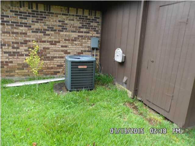 Mobile AL Foreclosure Home For Sale with AC unit