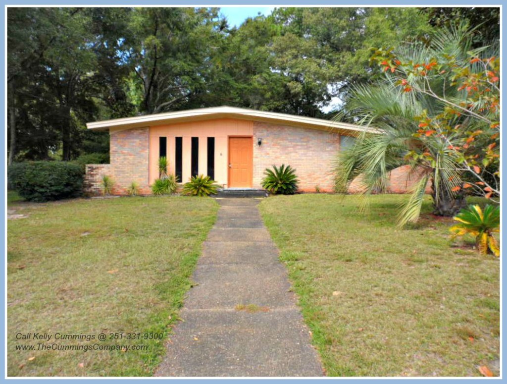 Street View of 3208 Maudelayne Dr E Mobile AL 36693