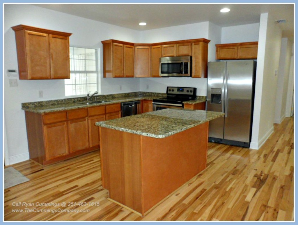 Mobile Alabama Home For Sale with Updated Remodeled Kitchen