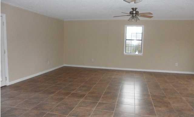 8060 Elizabeth St Citronelle AL 36522 Living Room