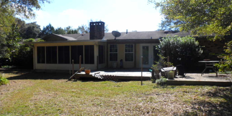 Back View of 8900 O'Hara Dr Mobile AL 36695
