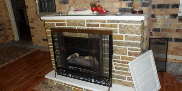 Fireplace at 8900 O'Hara Dr Mobile AL 36695