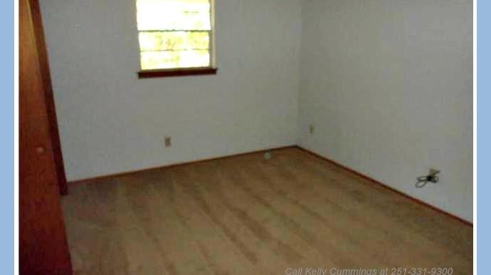 Bedroom 3 at 1174 Ginger Dr Mobile AL 36693