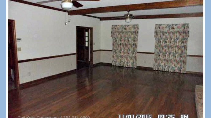 Living Room at 23573 3rd St Montrose AL 36559