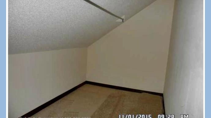 Walk-in Closet 1 at 23573 3rd St Montrose AL 36559