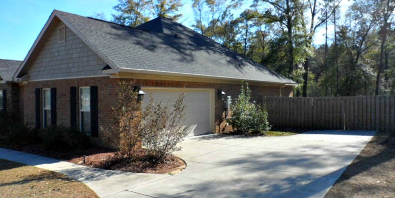 3377 Hardwood Dr Saraland AL 36571 2 Car Garage