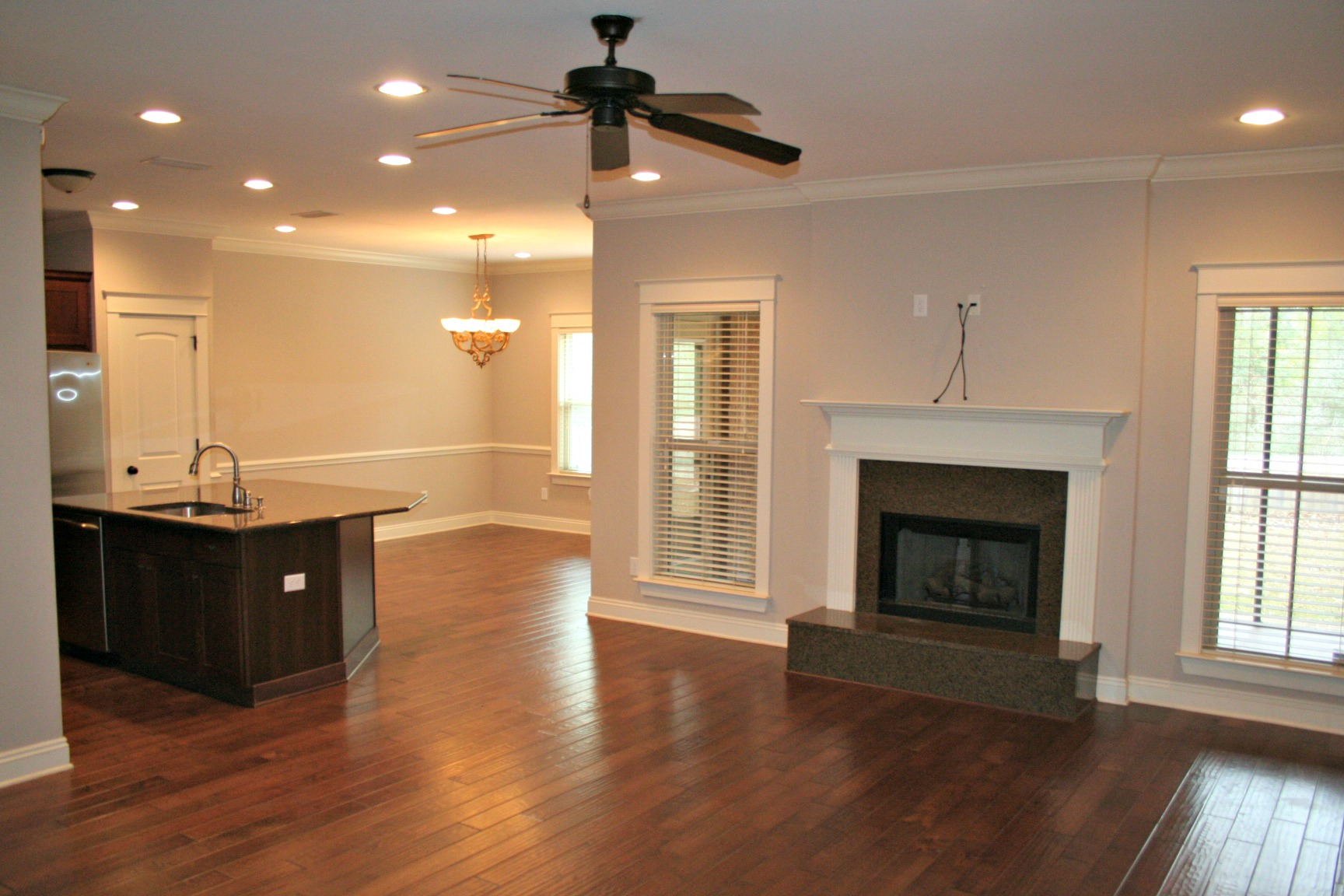 3377 hardwood dr saraland al 36571 open floor plan the for Hardwood floor plans