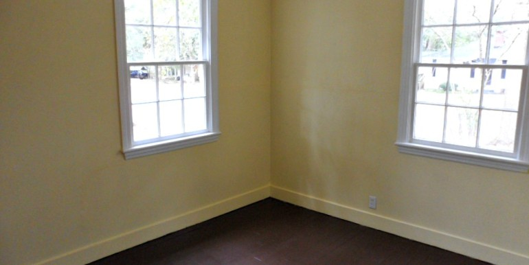 Bedroom 3 at 368 Pineview Ln Mobile AL