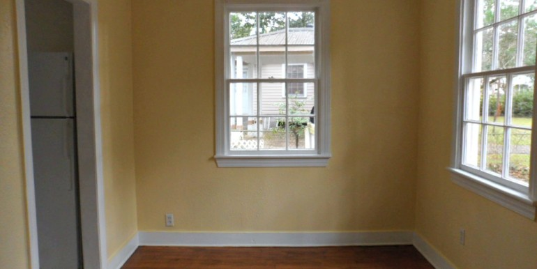 Dining Room at 368 Pineview Ln Mobile AL
