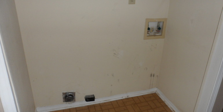 Laundry Room at 1251 Henckley Ave 204 Mobile AL