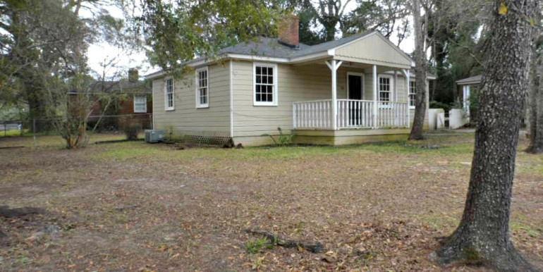 Side View at 368 Pineview Ln Mobile AL
