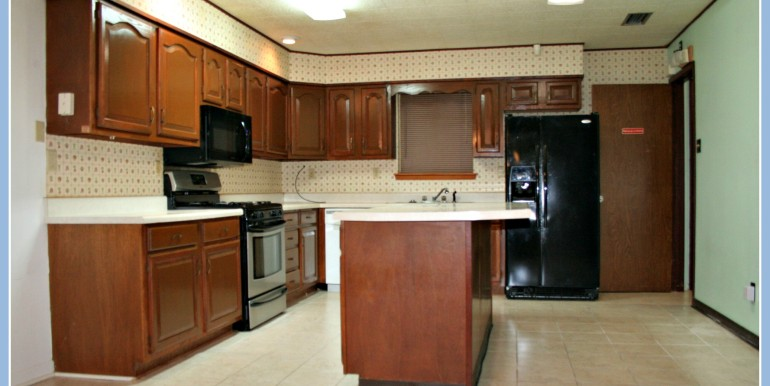 6048 Idlemoore Ct Theodore AL 36582 Kitchen