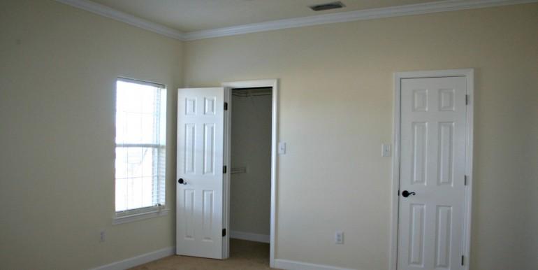 6708 Kings Branch Dr S Mobile AL 36618 Master Bedroom