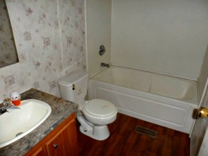 Foreclosure homes for sale with 2 bathrooms
