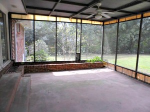 Foreclosure homes for sale with screened in porch