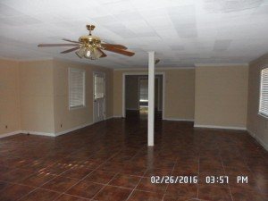 Foreclosure homes for sale with bonus rooms