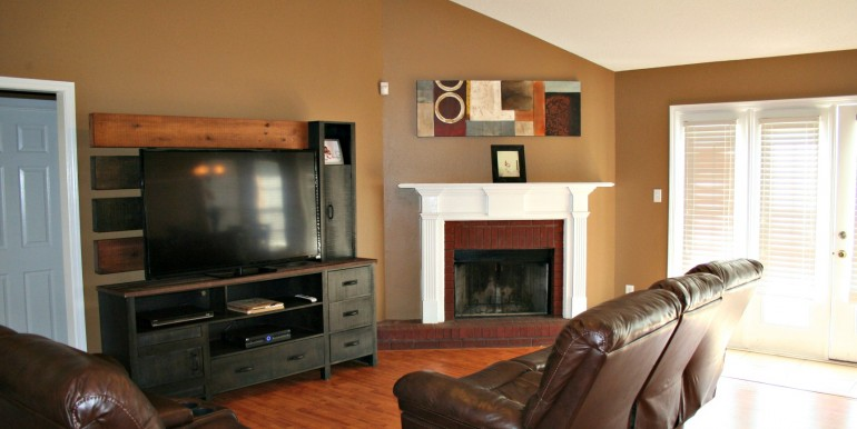 9670 Bellingrath Rd Theodore AL 36582 Living Room