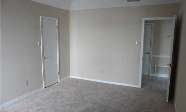 6432 Trent Ln Mobile AL 36695 Master Bedroom