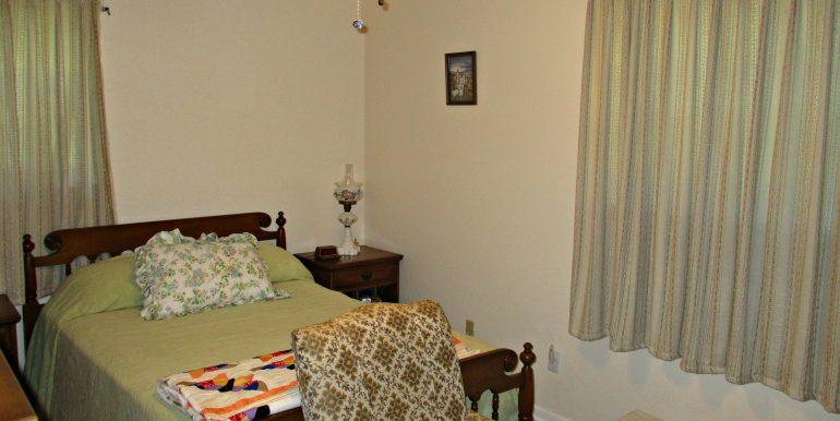 7841 Pete Dr Mobile AL 36695 Master Bedroom