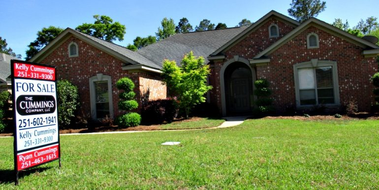 9651 Nottingham Ct Mobile AL 36695 listed by The Cummings Company