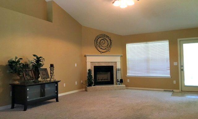 28437 Cypress Loop Daphne AL 36526 Corner Fireplace