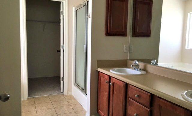 28437 Cypress Loop Daphne AL 36526 Master Bathroom