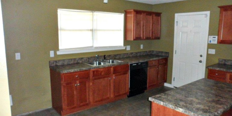 9629 Saddlebrook Dr N Mobile AL 36695 Spacious Kitchen