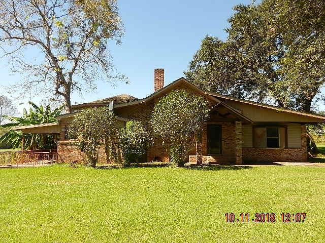 10670 Mildred Ave, Grand Bay, AL 36541