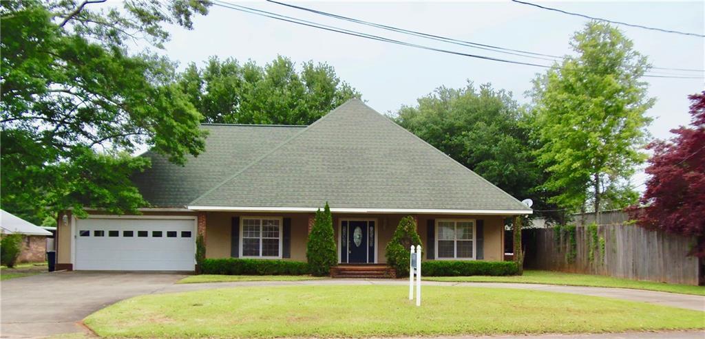 9877 Pleasant Rd  Daphne, AL  36526